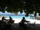 昼下がりのビーチでまったり